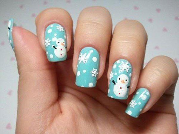 снеговик на ногтях