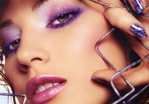 Как нанести ровный макияж