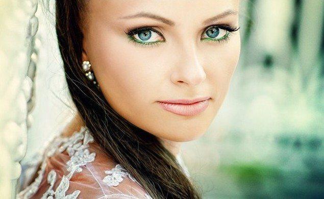 зеленоглазая красавица невеста