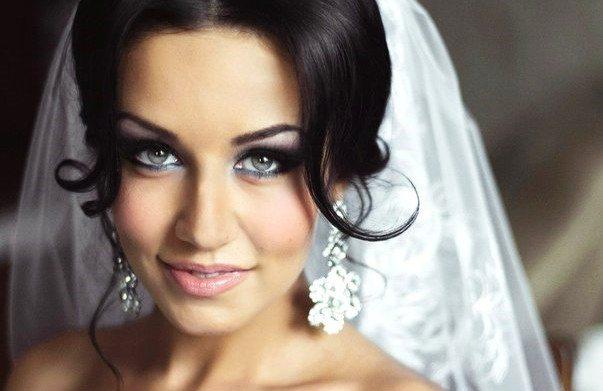 роскошная брюнетка со свадебным makeup