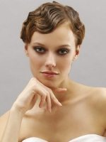 греческая укладка для невесты с короткими волосами