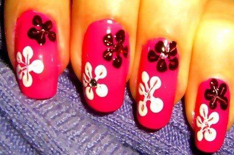 черно- белые цветы