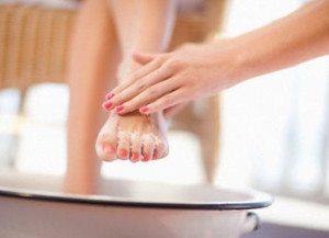 мытье ступней