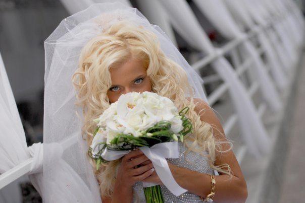 раскошные локоны цвета блонд