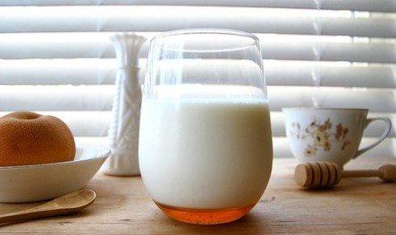 стакан молока