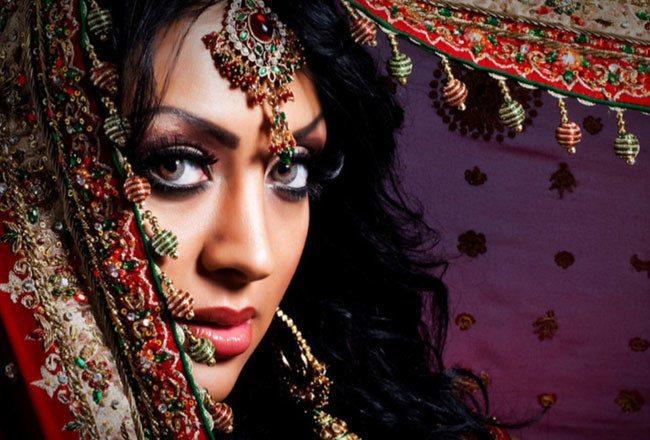 настоящая арабская красавица