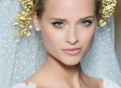 невеста с короткими стрелками на глазах