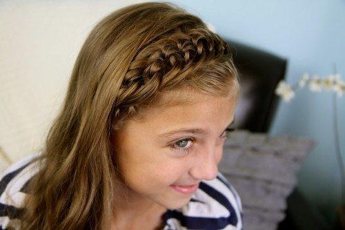 коса с распущенными волосами