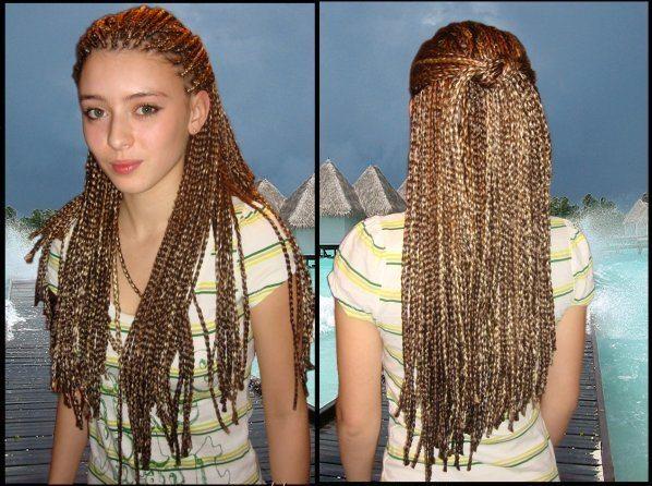 Девочка с тайскими косами