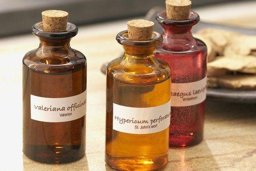 Натуральные масла в бутылочках