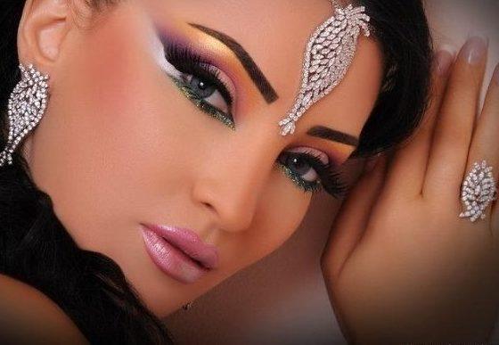 привлекательный восточный make up