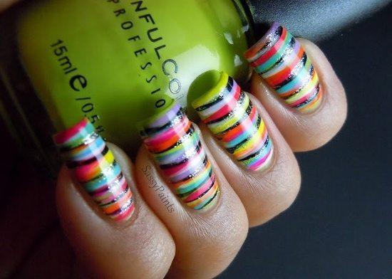 хаотичные разноцветные линии