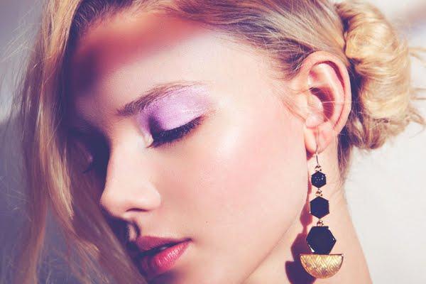 макияж с сиреневыми тенями