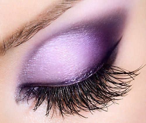 """фиолетовый мейк """"птичка"""" на глазах"""