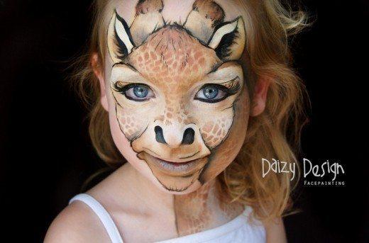 девочка разукрашенная под жирафа