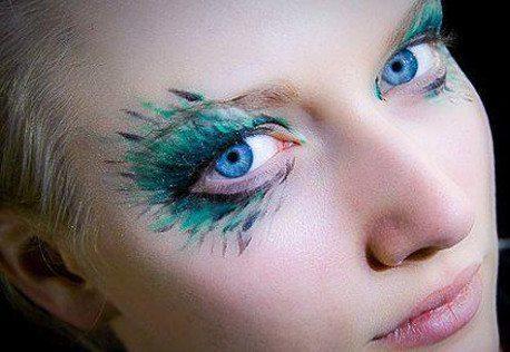 необычный макияж глаз на Halloween