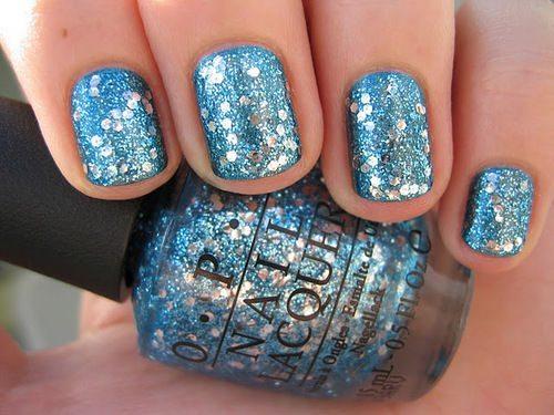 голубовато- серый глиттер nail art
