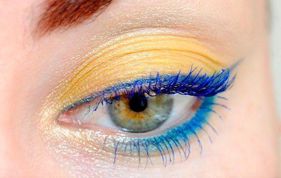 синие стрелки на желтом мейк апе глаз