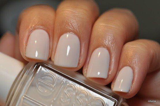 красивый оттенок лака на ногтках