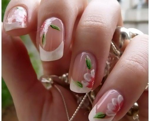 белый френч с нежными цветочками