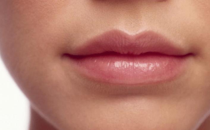 пухлые, аккуратные губки