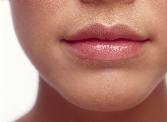 пухлые уста