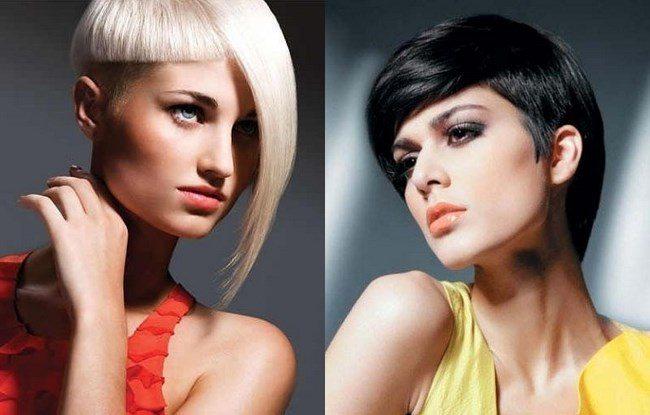 блондинка и брюнетка с гарсоном
