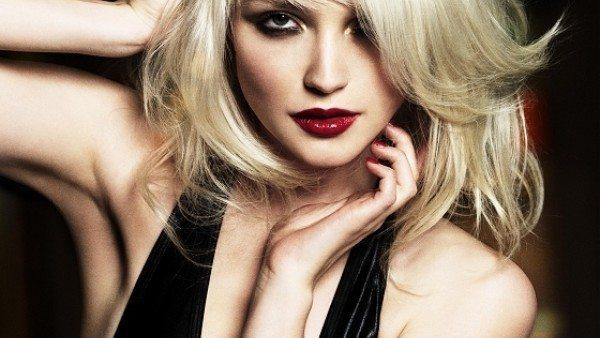готичная блондинка