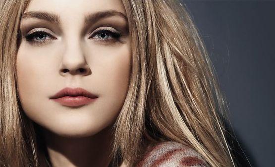 девушка с простым makeup