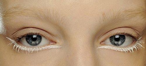 макияж с белой линией подводки
