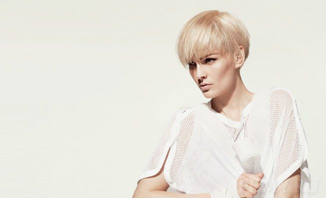эффектная блондинка