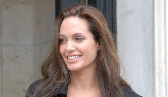 Angelina Jolie без мейкапа