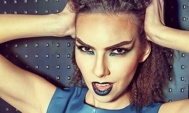 make-up в темно-синих оттенках
