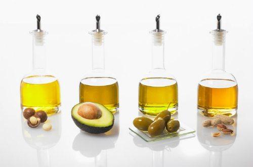 разное содержимое бутыльков