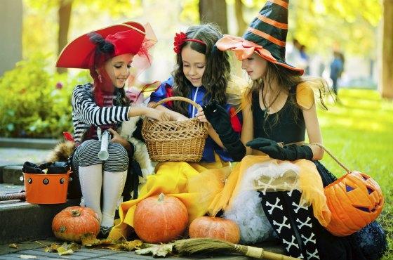 Милые девчачьи образы для Хеллоуина