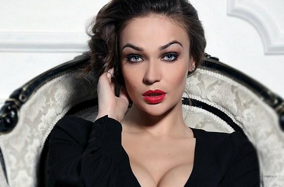 Обновленная Алена Водонаева- экс звезда Дом-2